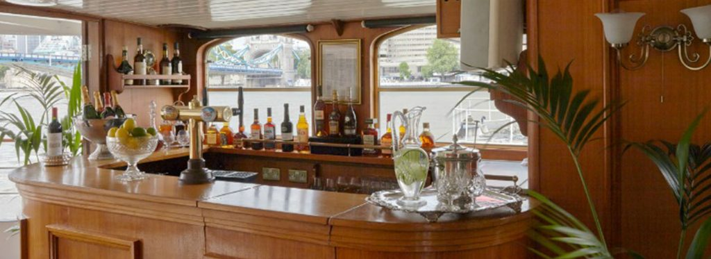 Belle Époque Boat - Corporate Boat Hire on the River Thames in London - Bar Area