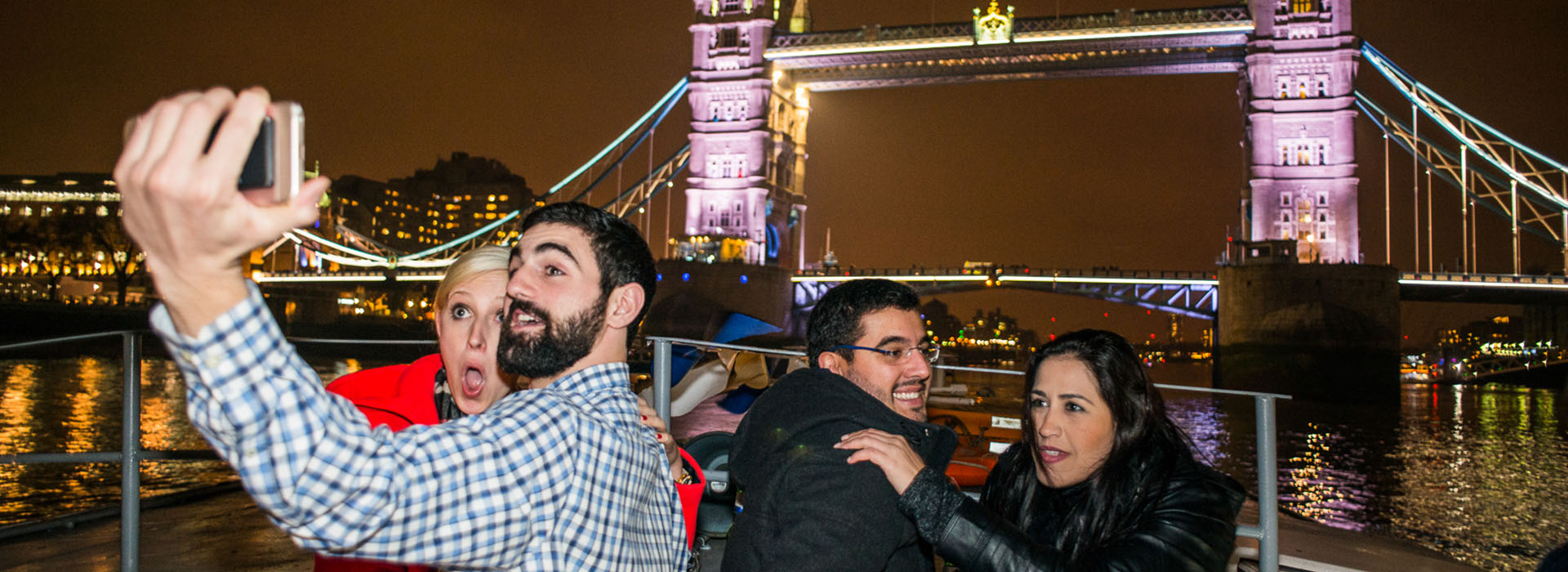 Thames Christmas Boat Parties - Festive Fun on the River Thames, London